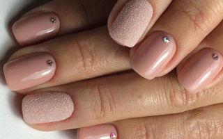 Простой маникюр на коротких ногтях — последние тенденции