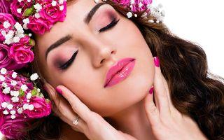 Что нам говорит Chanel о макияже и маникюре на лето ?