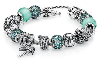 Стильные наборные браслеты для женщин